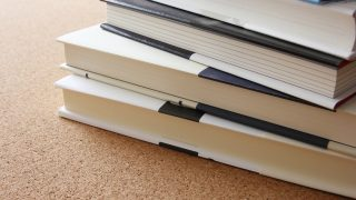 芥川賞と直木賞の違いは?小説を読まない人に分かりやすく解説